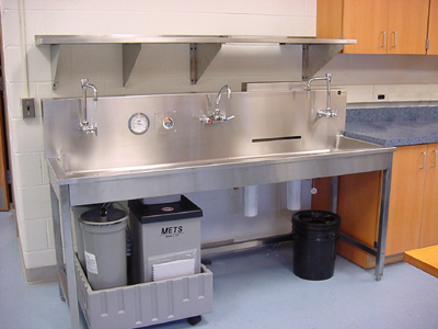 Image of Darkroom tray processing sink.